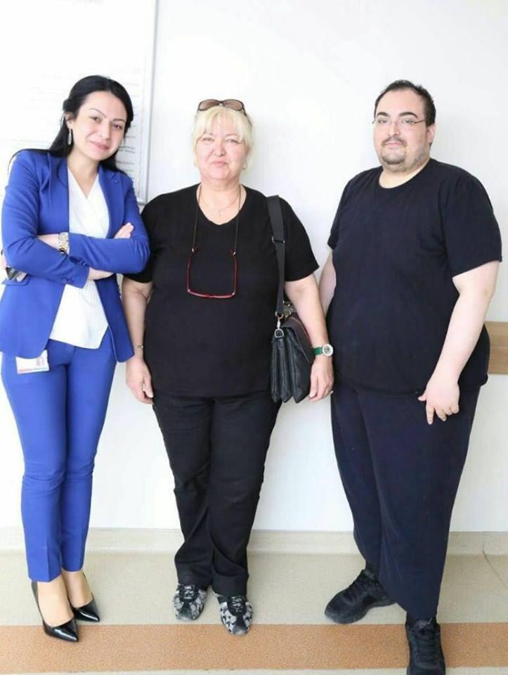 Degerli hastamiz Emre Bey gerekli tetkikler yapildiktan sonra tüp mide ameliyati olmaya karar vererek 145 kiloya dur dedi! Kendisine Saglikli ve Sifali günler dileriz